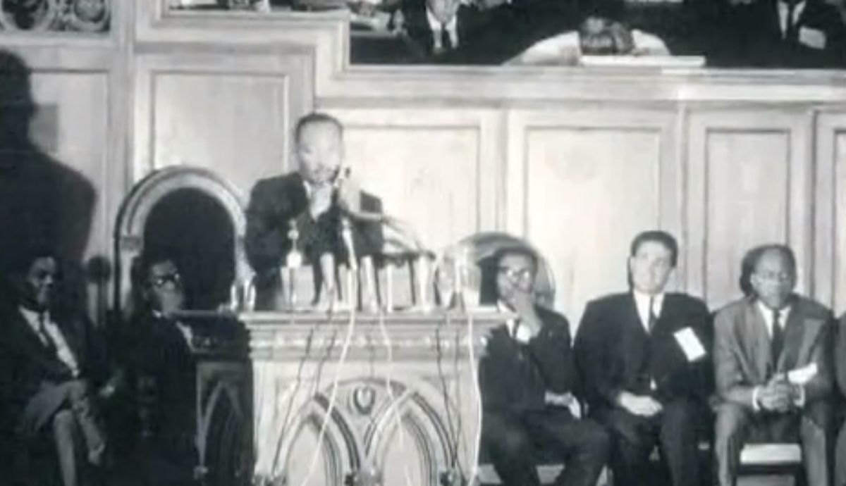 Martin Luther King Jr. speaking inside baptist Temple