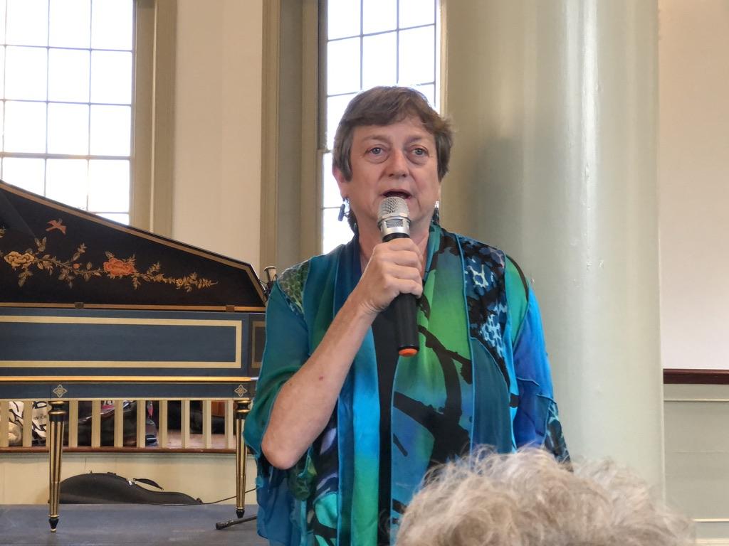 Profesor Universitas Temple Cynthia Folio