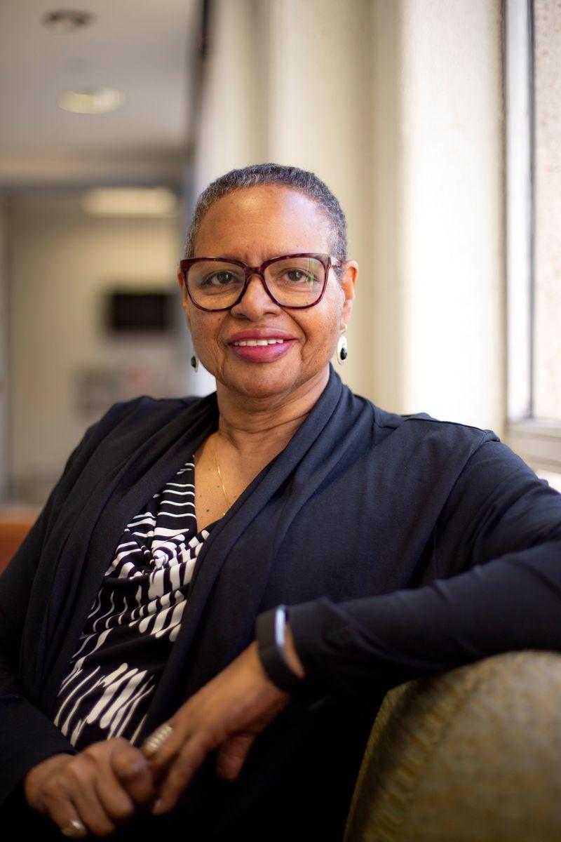 Profesor Universitas Temple Karen Turner