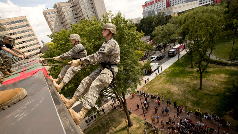 ROTC students rappelling off building on Temple campus