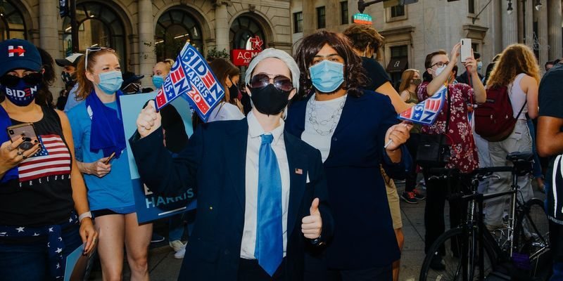 Temple students Katelyn Barbour and Justin Procope dressed as Joe Biden and Kamala Harris.