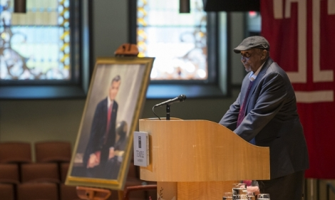 John Chaney speaks at a lectern at a service for Peter J. Liacouras.