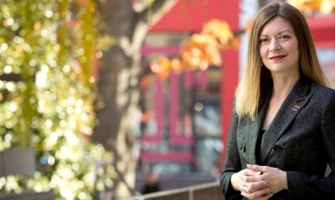 Jessica Sandberg standing outside the Student Center